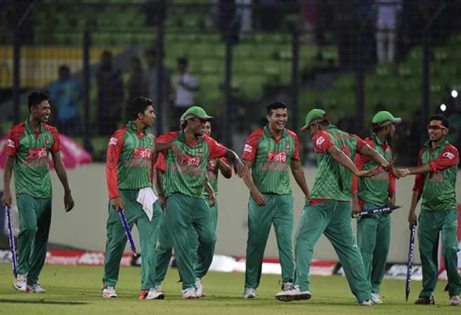 तीन ODI की सीरीज के ओपनिंग मैच में ही बंगलादेश ने भारत को धूल चटाई