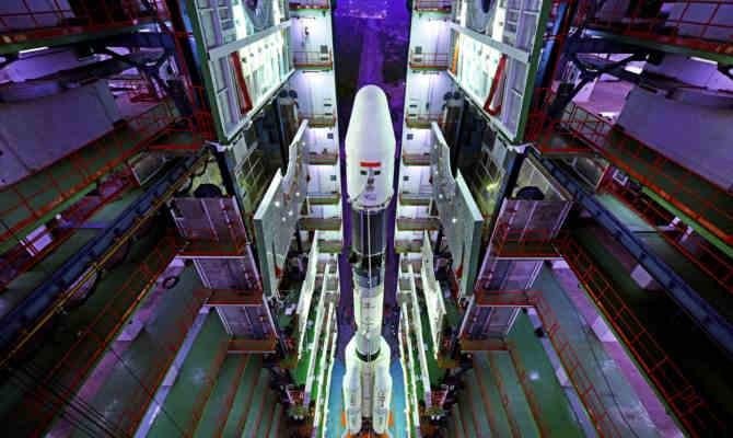 GSAT-6A की घटना से न हों निराश, ISRO के ये 4 फ्यूचर मिशन भारत को बनाएंगे अंतरिक्ष का सरताज
