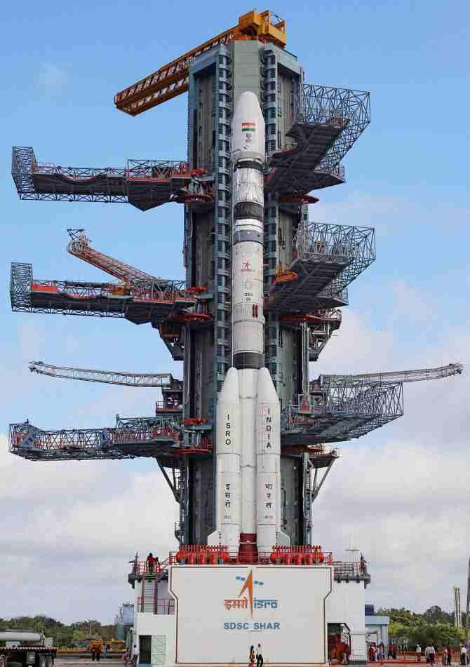इस साल इसरो अंतरिक्ष में इतने रॉकेट भेजेगा कि इंडिया वाले देखते ही रह जाएंगे