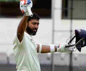 जिस उम्र में सचिन रिटायर हो चुके थे, उस उम्र में इस भारतीय खिलाड़ी ने जड़ा था दोहरा शतक