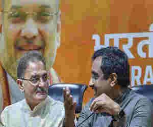 जम्मू-कश्मीर : टूटा बीजेपी-पीडीपी का गठबंधन,  10 साल में चौथी बार लगेगा राष्ट्रपति शासन