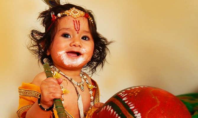 जन्माष्टमी पर जरूर सुनें भगवान श्रीकृष्ण की ये पावन जन्म कथा