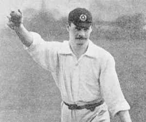 1902 में स्टेडियम पार गेंद पहुंचाने पर मिलता था छक्का, तब इस खिलाड़ी ने 1 घंटे में ठोक दिया था शतक