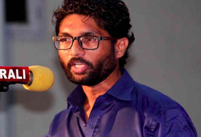 जिग्नेश के बाद अब जेएनयू के खालिद को गैंगस्टर रवि पुजारी ने दी जान से मारने की धमकी