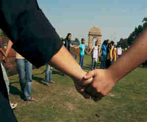 JNU: अब लव जिहाद पर बनी फिल्म की स्क्रीनिंग से बिगड़ा माहौल, छात्र संगठनों में हुई हाथापाई