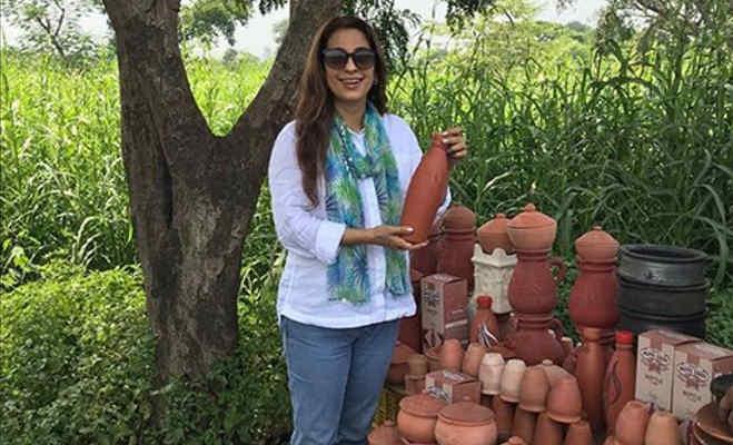 50 साल की जूही चावला दिखने लगीं ऐसी,आमिर ने किया था मजाक इसलिए नहीं की थी 5 साल बात