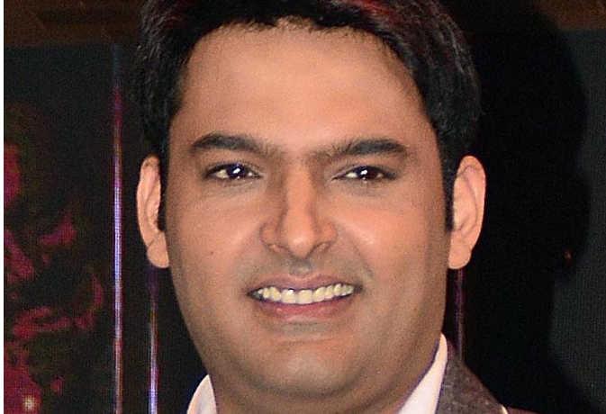 कॉमेडी स्टार के फैंस के लिए बुरी खबर'फैमिली टाइम विद कपिल शर्मा' पर लटकी तलवार