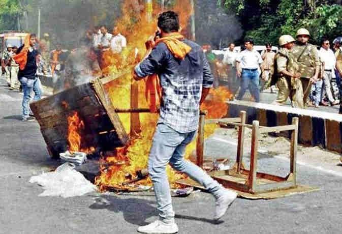 कासगंज तिरंगा यात्रा वाली हिंसा फिर भड़की, शहर में चप्पे-चप्पे पर पुलिस तैनात
