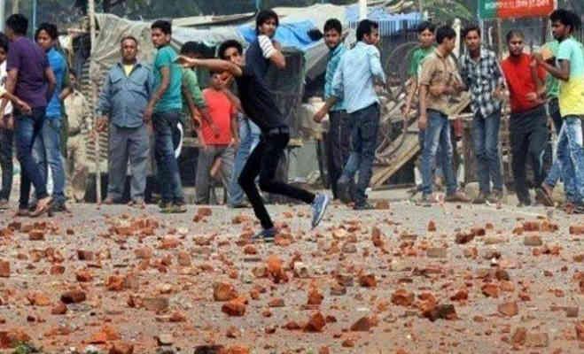 कासगंज तिरंगा यात्रा वाली हिंसा फिर भड़की,शहर में चप्पे-चप्पे पर पुलिस तैनात