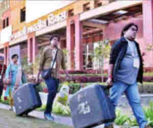 प्रवासी भारतीय सम्मेलन : काबिल इतने कि भारतीयों की ऊंगलियों पर नाच रही दुनिया