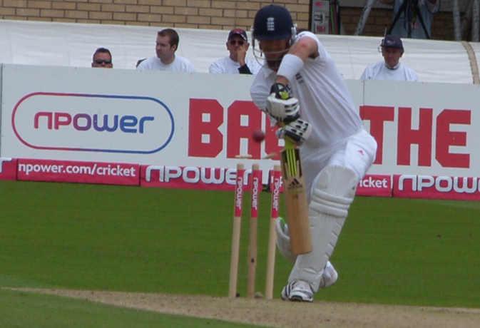 जब भारत के 10 खिलाड़ी मिलकर भी नहीं बना पाए थे इस इंग्लिश बल्लेबाज के बराबर रन