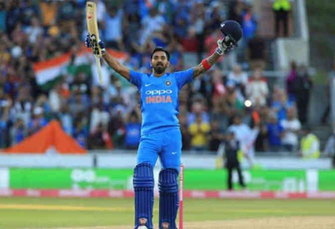 टी-20 इंटरनेशनल में सबसे ज्यादा औसत से रन बना रहे केएल राहुल, पाकिस्तान के बाबर को भी पीछे छोड़ा