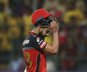 IPL 11 : कुछ मिनटों में हो गया कोहली का 12 लाख रुपये का नुकसान, वो भी बीच मैदान में