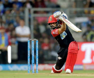 IPL इतिहास में सबसे ज्यादा रन कोहली के नाम, ये बल्लेबाज कर रहा पीछा कहीं बिगाड़ न दे काम