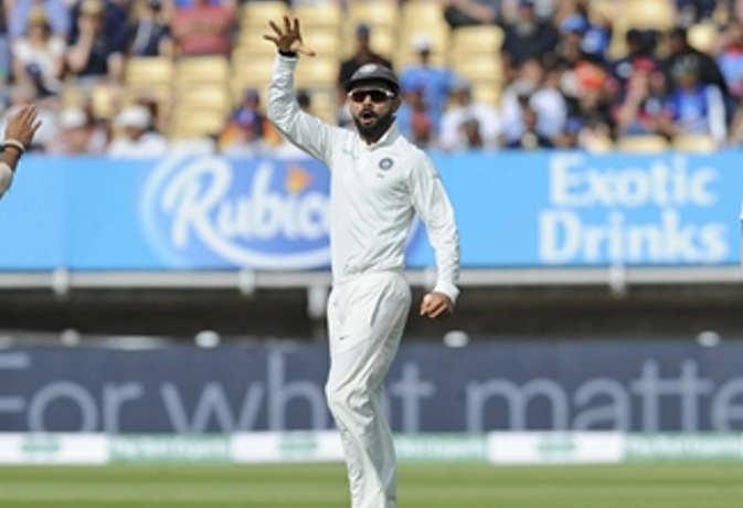 कोहली ने रूट से बदला लेने के लिए मारी गेंद, फिर की इंग्लिश कप्तान की 'बेइज्जती'