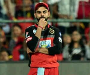 IPL : कोहली करते रहे फैसले का इंतजार मगर क्रिकेट जगत के ये बल्लेबाज हैं ईमानदार, अंपायर के नॉट आउट देने के बावजूद चलते बने