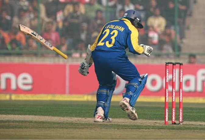 8 साल पहले कोटला में क्या हुआ था, आधे मैच में श्रीलंकाई बल्लेबाजों ने बल्लेबाजी करने से कर दिया था मना