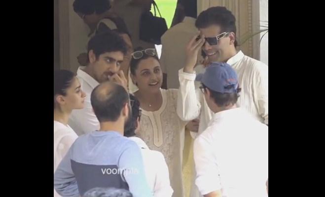 कृष्णा राजकपूर के अंतिम संस्कार के वक्त रानी और करण की निकल पडी़ हंसी,अब हो रहे ट्रोल