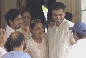 कृष्णा राजकपूर के अंतिम संस्कार के वक्त रानी और करण की निकल पडी़ हंसी, अब हो रहे ट्रोल