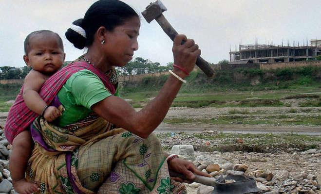उद्योगपति पिता की बेटी जिन्होंने महिला मजदूरों के हक के लिए बनाई यूनियन