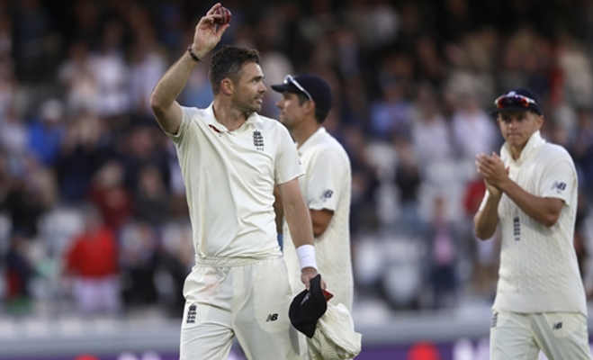ind vs eng : 107 रन पर ऑलआउट हुई टीम इंडिया,न कोहली चले न पांड्या