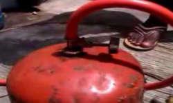 ये किसान 400 रुपये में भरेगा LPG सिलेंडर, गांव में ही बनाई सस्ती गैस