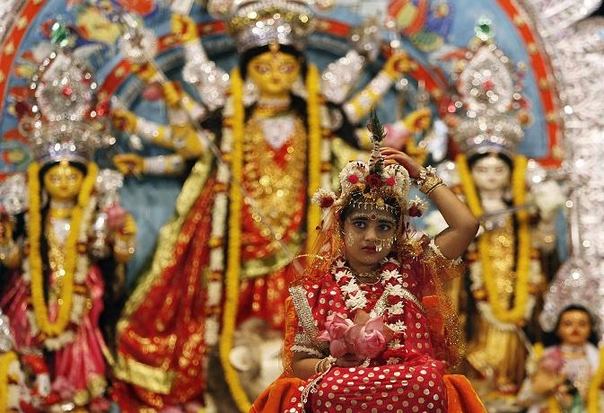 नवरात्रि 2018: दूसरे दिन होती है मां ब्रह्मचारिणी की पूजा,जानें मंत्र और पूजा विधि