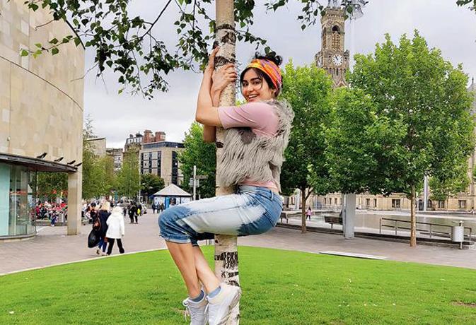 इस फिल्म के लिए पेड़ पर चढ़ने की प्रैक्टिस कर रहीं अदा शर्मा