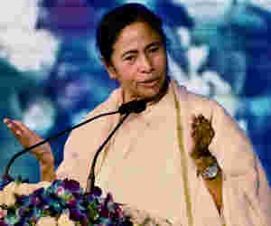 आंध्र के बाद ममता ने लगार्इ पश्चिम बंगाल में CBI पर रोक, जानें जांच एजेंसी के कार्यक्षेत्र