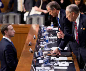 फेसबुक CEO जकरबर्ग पर 5 घंटे तक कड़े सवालों की बौछार, अमेरिकी कांग्रेस ने फेक न्यूज और राष्ट्रपति चुनाव पर मांगी सफाई
