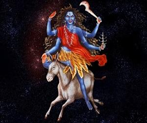 नवरात्रि 2018: सातवें दिन करें कालरात्रि की पूजा, जानें मंत्र और महत्व