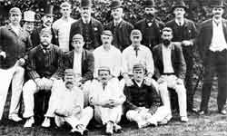 जानिए कब खेला गया दुनिया का पहला टेस्ट मैच, किसने लगाई सेंचुरी, किसने लिया पहला विकेट