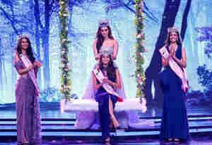 मानुषी छिल्लर ने अनुकृति वास के सिर रखा मिस इंडिया फेमिना 2018 का ताज