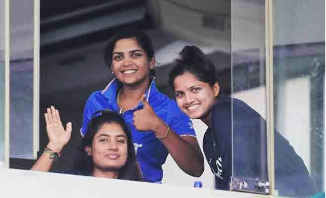 क्रिकेट में नया रिकॉर्ड बनाने वाली इस लड़की के बारे में जानें 10 बातें