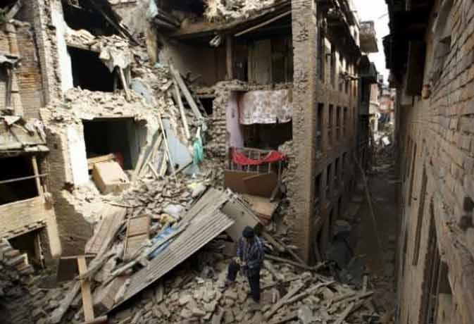 भूकंप से फिर हिला नेपाल