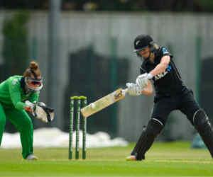 10 रन कम रह गए नहीं तो वनडे में बन जाते 500 रन, ये रिकॉर्ड पुरुषों ने नहीं महिलाओं ने बनाया है