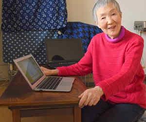 82 साल की उम्र में महिला ने कोडिंग सीखी और बना डाला एक पॉपुलर मोबाइल गेम, इसे कहते हैं जिंदादिली