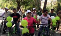 आईआईटी BHU में दौड़ने लगीं एक रुपये वाली साइकिलें, क्या आपको चाहिए?