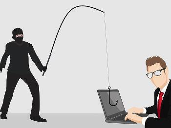 Fraud Alert: गूगल सर्च में गलती हो या कस्टमर सर्विस का फेक मैसेज हो, सभी से हो सकता है ऑनलाइन फ्रॉड, तो ऐसे बचें