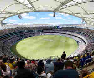 पहली बार इस मैदान पर खेलेंगे भारत-आॅस्ट्रेलिया, बाहर से बनकर आती है यहां की पिच