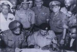 16 दिसंबर के ही दिन 1971 में भारत ने जीता पाकिस्तान से युद्ध, हुआ बांग्लादेश बनने का ऐलान