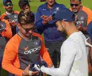 सलेक्शन कमेटी ने बताया ये खिलाड़ी लेगा धोनी की जगह, शामिल कर लिया वनडे टीम में