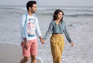 तस्वीरें : राज कुमार गर्लफ्रेंड पत्रलेखा संग यहां मना रहे छुट्टियां, हाथों में हाथ डाले बिता रहे प्यार भरे पल