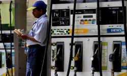 GST के तहत आने पर भी सस्ता नहीं होगा पेट्रोल, वित्त सचिव ने बताई वजह