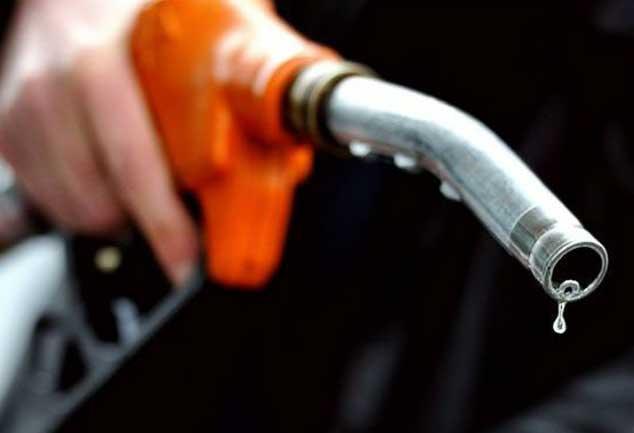 दिल्ली चुनाव खत्म होते ही पेट्रोल 82 पैसे और डीजल 61 पैसे महंगा