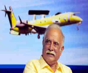 एयरपोर्ट पर ही रह गया पूर्व नागरिक उड्डयन मंत्री का सामान और प्लेन ने भर दी उड़ान