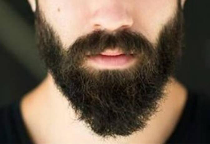 इस मशहूर खिलाड़ी ने सालों से नहीं काटी दाढ़ी, तो लग गए कीड़े
