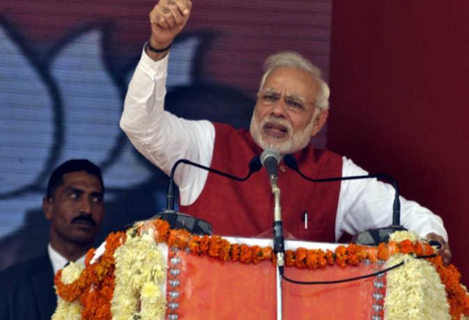 गुजरात में PM की धुआंधार रैली, वो 10 बातें जिनसे आज मोदी छू सकते लोगों का दिल