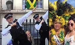 भारतीय पुलिस तो हर फेस्टिवल में सिर्फ मुस्तैदी ही दिखाती है! लंदन पुलिस ने दिखाया माइकल जैक्सन वाला डांस
