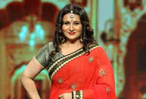 बर्थ डे स्पेशल : मिस इंडिया रहीं पूनम ढिल्लों ने इस वजह से छोड़ दिया बॉलीवुड, जानें इनके बारे में